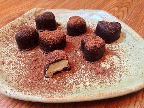 cách làm chocolate nhân custard 1