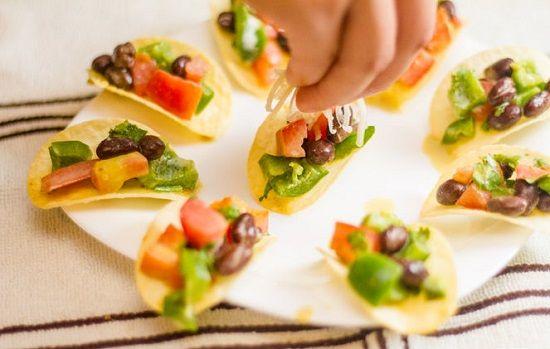 cách làm salad snack khoai tây 4 cách làm salad snack khoai tây Cách làm salad snack khoai tây hương vị mới lạ tại nhà cach lam salad snack khoai tay huong vi moi la tai nha 7