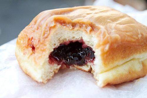 cách làm bánh donut nhân mứt 4 cách làm bánh donut nhân mứt Lạ miệng với cách làm bánh donut nhân mứt siêu ngon la mieng voi cach lam banh donut nhan thach sieu ngon 4