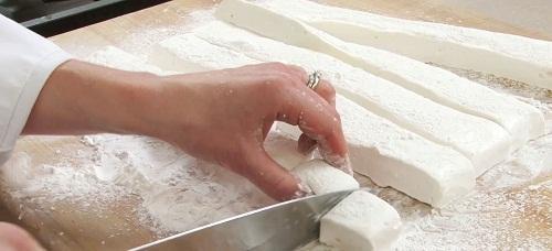 cách làm kẹo marshmallows 5