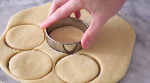 bánh donut nhân kem su 4 bánh donut nhân kem su Bomboloni – món bánh donut nhân kem su của người Ý bomboloni mon banh donut nhan kem su cua nguoi y 4