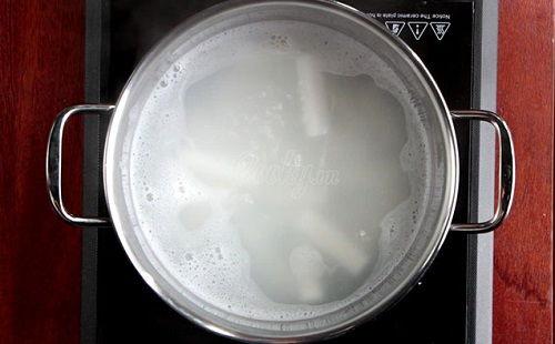 cách làm bánh gạo chiên lắc phô mai 2 cách làm bánh gạo chiên lắc phô mai Bánh gạo chiên lắc phô mai siêu ngon siêu hấp dẫn tại nhà cach lam banh gao chien lac pho mai cuc hap dan tai nha 2