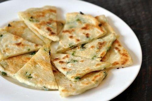 cách làm bánh mì hành 6 cách làm bánh mì hành Cách làm bánh mì hành không cần lò nướng giòn thơm cach lam banh mi hanh khong can lo nuong gion thom 6