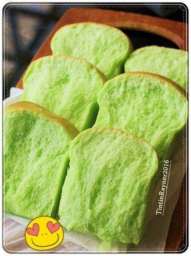 cách làm bánh mỳ lá dứa 1 cách làm bánh mỳ lá dứa Cách làm bánh mỳ lá dứa lạ miệng ngon miễn chê cach lam banh my la dua la mieng ngon mien che 1