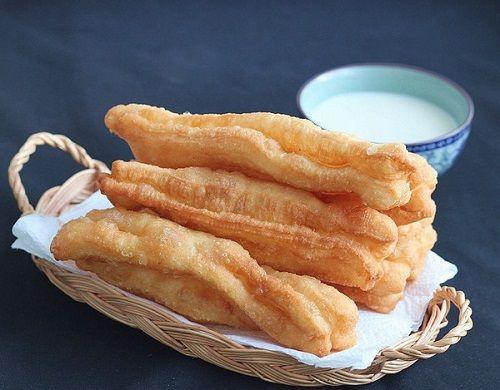 cách làm bánh quẩy 9 cách làm bánh quẩy Vào bếp làm bánh quẩy bằng bột bánh quẩy Vĩnh Thuận cực đơn giản cach lam banh quay bang bot tron san gion rum thom ngon 9