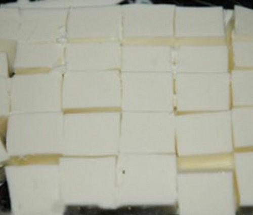 cách làm bánh tuyết 2 cách làm bánh tuyết Cách làm bánh tuyết mềm mịn thơm ngon giải nhiệt mùa hè cach lam banh tuyet mem min thom ngon giai nhiet mua he 2