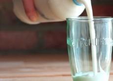 cách làm sữa chua uống 5