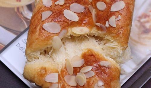 bí quyết làm bánh mỳ hoa cúc bất bại 6
