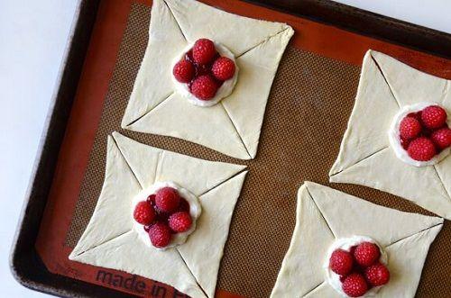 cách làm bánh pastry 2 cách làm bánh pastry Cách làm bánh pastry mứt hoa quả thơm ngon cach lam banh pastry mut hoa qua thom ngon 2