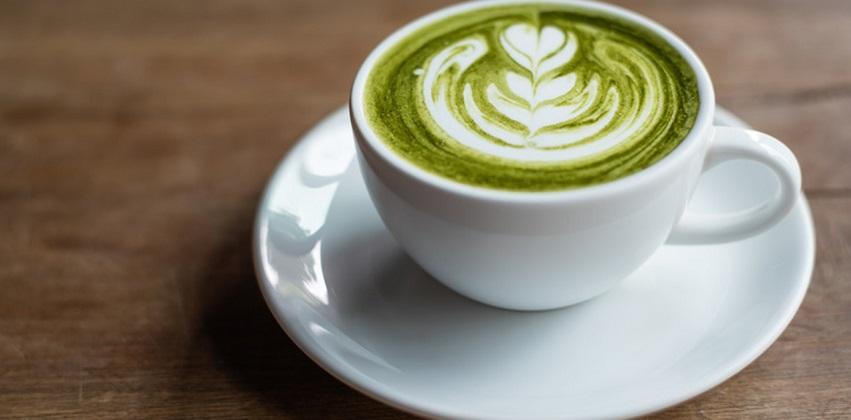 cách pha latte trà xanh 2 cách pha latte trà xanh Cách pha latte ngọt ngào ấm nóng đêm Giáng sinh cach pha latte tra xanh ngot ngao am nong dem giang sinh 2