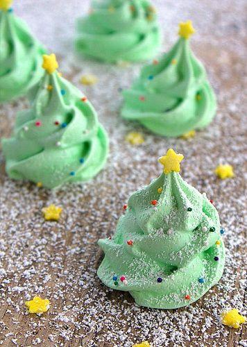 Đón Giáng sinh với cách làm meringue cây thông siêu dễ siêu xinh