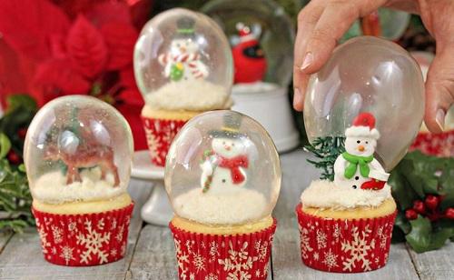 cách làm quả cầu tuyết cupcake 3 cách làm quả cầu tuyết cupcake Lạ mắt với cách làm quả cầu tuyết cupcake siêu độc đáo cho ngày Noel la mat voi cach lam qua cau tuyet cupcake sieu doc dao cho ngay noel 4