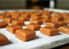 cách làm kẹo caramen 5