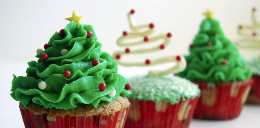 những mẫu cupcake giáng sinh 6 những mẫu cupcake giáng sinh Những mẫu cupcake Giáng sinh đẹp mê ly không thể bỏ qua (phần 2) nhung mau cupcake giang sinh dep me ly khong the bo qua phan 2 6