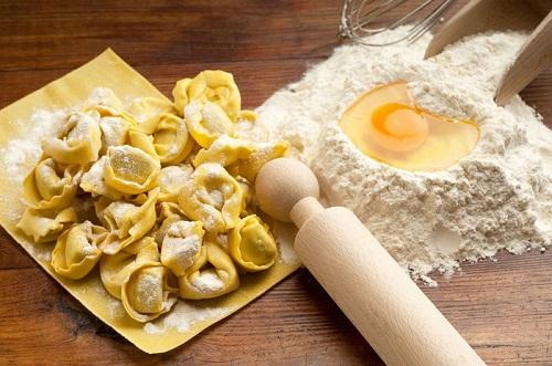 bánh hạnh phúc pelmeni 3 bánh hạnh phúc pelmeni Bánh hạnh phúc Pelmeni nổi tiếng ở xứ sở Bạch Dương banh hanh phuc pelmeni noi tieng o xu so bach duong 5