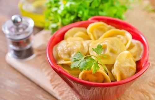 bánh hạnh phúc pelmeni 5 bánh hạnh phúc pelmeni Bánh hạnh phúc Pelmeni nổi tiếng ở xứ sở Bạch Dương banh hanh phuc pelmeni noi tieng o xu so bach duong 7
