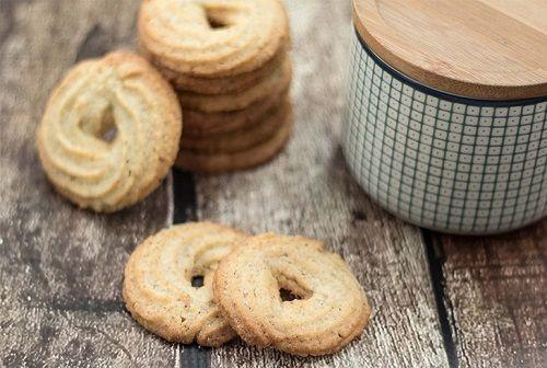 cách làm bánh quy bơ Danisa 4 cách làm bánh quy bơ danisa Trổ tài làm bánh quy bơ Danisa ngon như ngoài hàng sẵn sàng đón Tết cach lam banh quy bo danisa thom ngon nhu ngoai hang 4