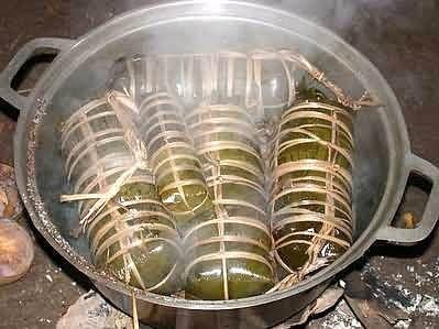 cách làm bánh tét nhân chuối 6 cách làm bánh tét nhân chuối Vào bếp làm bánh tét nhân chuối truyền thống cực dân dã thơm ngon cach lam banh tet nhan chuoi truyen thong don tet ve 6