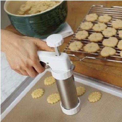 cách làm bánh quy cream cheese 3 cách làm bánh quy cream cheese Lạ miệng với cách làm bánh quy cream cheese đãi khách ngày Tết la mieng voi cach lam banh quy cream cheese dai khach ngay tet 3