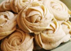 cách làm bánh quy cream cheese 5 cách làm bánh quy cream cheese Lạ miệng với cách làm bánh quy cream cheese đãi khách ngày Tết la mieng voi cach lam banh quy cream cheese dai khach ngay tet 5 230x165