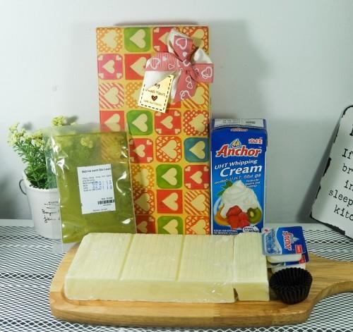 """nguyên liệu dụng cụ làm socola 3 nguyên liệu dụng cụ làm socola """"Thả thính"""" mùa Valentine với những bộ Kit Chocolate siêu ngọt ngào nhung nguyen lieu dung cu lam socola ngay valentine 3 e1485093547280"""