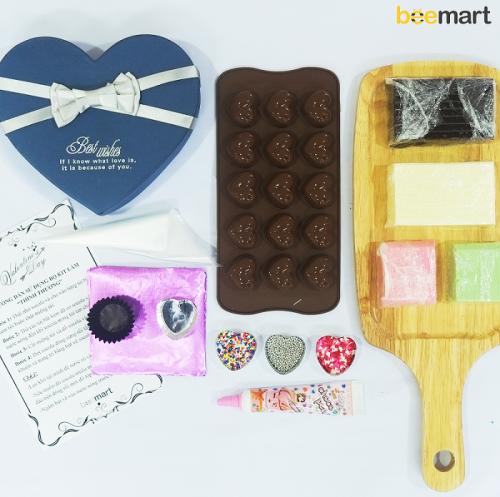 """nguyên liệu dụng cụ làm socola 6 nguyên liệu dụng cụ làm socola """"Thả thính"""" mùa Valentine với những bộ Kit Chocolate siêu ngọt ngào nhung nguyen lieu dung cu lam socola ngay valentine 4 e1485093649706"""