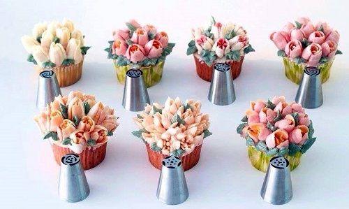 cách dùng đui bắt kem Nga làm hoa 3D 1 cách dùng đui bắt kem nga làm hoa 3d Cách dùng đui bắt kem Nga 3D dễ dàng cho hoa sắc nét cực đẹp cach dung dui bat kem nga lam hoa 3d cho hoa sac net 4