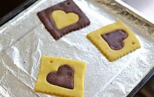 cách làm bánh cookies trái tim 5 cách làm bánh cookies trái tim Cách làm bánh cookies trái tim ngọt ngào cho ngày Valentine cach lam banh cookies trai tim ngot ngao ngay valentine 5