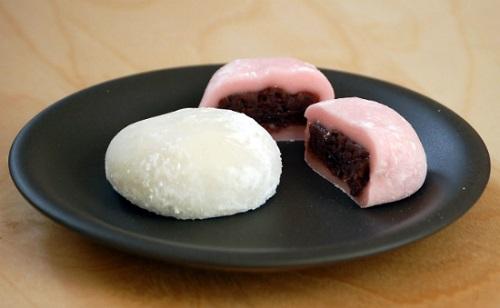 cách làm bánh dẻo nhân đậu đỏ cho ngày rằm tháng tám 1 cách làm bánh rán doraemon Cách làm bánh rán Doraemon bằng bột trộn sẵn siêu nhanh cach lam banh deo nhan dau do cho ngay ram thang tam 1
