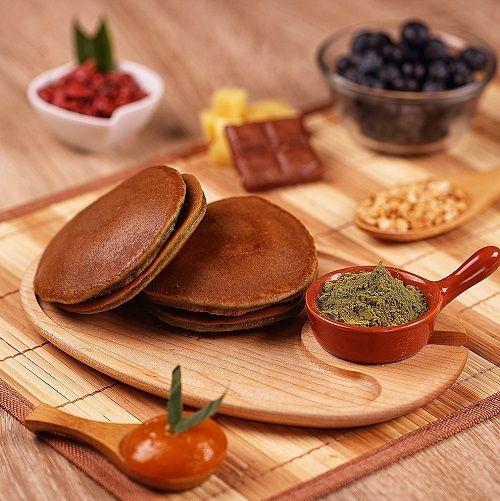cách làm bánh rán Doremon bằng bột pha sẵn 7 cách làm bánh rán doremon bằng bột pha sẵn Bánh rán Doremon bằng bột trộn sẵn siêu nhanh siêu chất cach lam banh ran doremon bang bot pha san cuc de cho be 7