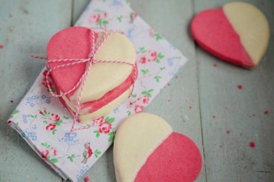 cách làm sandwich bánh quy kem hình trái tim 1 cách làm sandwich bánh quy kem hình trái tim Cách làm sandwich bánh quy kem hình trái tim ngọt ngào nhân ngày 8/3 cach lam sandwich banh quy kem hinh trai tim dang yeu 1