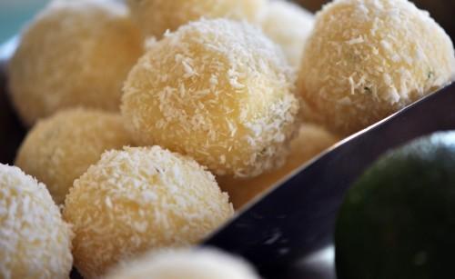 cách làm socola truffle chanh dừa 4