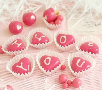cách làm socola trái tim nhân tiramisu Làm socola trái tim nhân tiramisu ngọt ngào dành tặng một nửa yêu thương huong dan lam socola mau hong xinh xan cho valentine 6