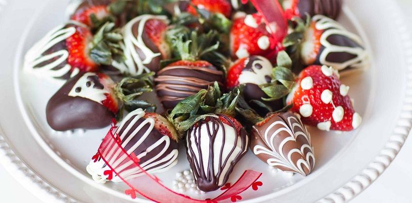 cách làm dâu nhúng socola 5 cách làm dâu nhúng socola Mê mẩn với cách làm dâu nhúng socola tặng người ấy Valentine me man voi cach lam dau nhung socola tang nguoi ay valentine 5
