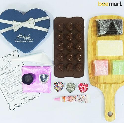 cách làm socola trái tim 5 cách làm socola trái tim Ngọt ngào với cách làm socola trái tim cho Valentine lãng mạn ngot ngao voi cach lam socola trai tim cho valentine lang man 5