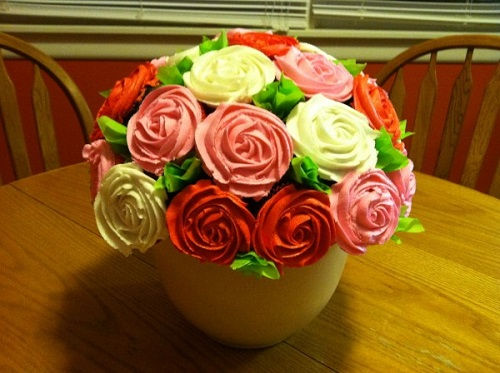 cách làm bình hoa cupcake 6