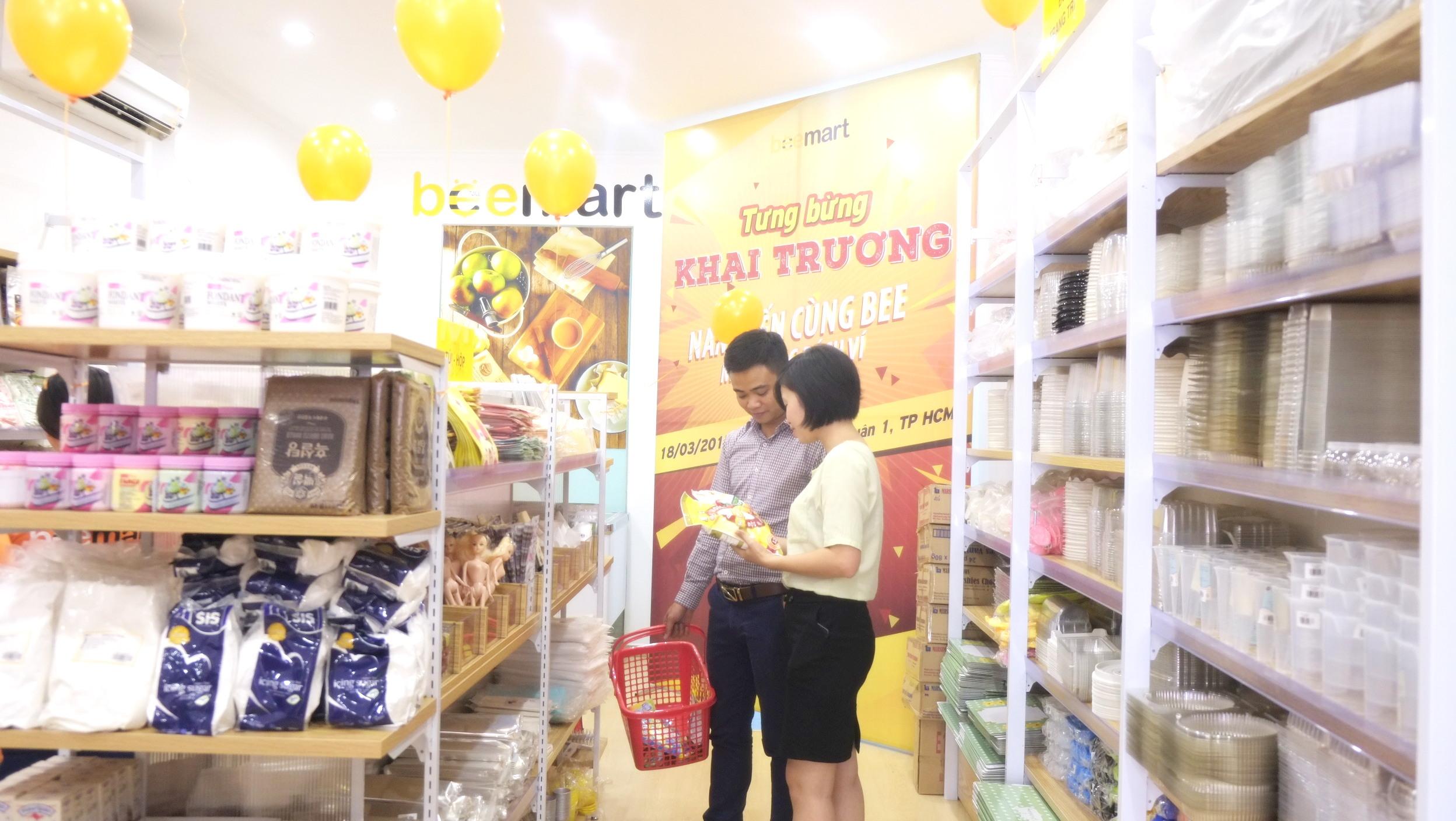 khách hàng mua đồ làm bánh tại TP.Hồ Chí Minh