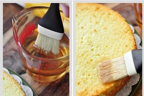 cách làm bánh gato dâu tây 8
