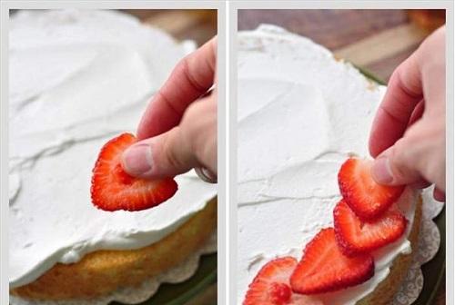 cách làm bánh gato dâu tây 9 cách làm bánh gato dâu tây Bánh gato dâu tây ngọt ngào dành tặng người phụ nữ bạn yêu cach lam banh gato dau tay ngot ngao nhan ngay 83 9