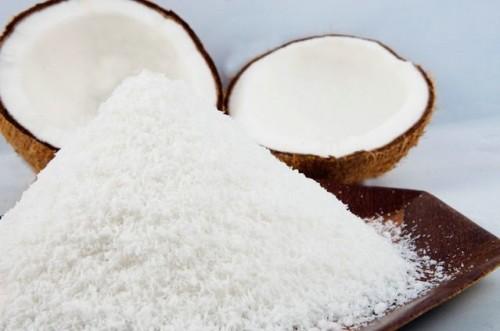 Cách làm cơm dừa 3 cách làm cơm dừa Cách làm cơm dừa cực đơn giản dễ dàng ngay tại nhà cach lam com dua cuc don gian de dang ngay tai nha 2 e1489750098713