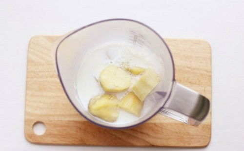 cách làm súp khoai lang phomai 7 cách làm súp khoai lang phomai Súp khoai lang phomai đầy dinh dưỡng cho bữa sáng tràn đầy năng lượng cach lam sup khoai lang phomai dinh duong cho bua sang 4