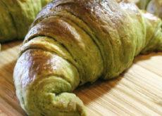 cách làm bánh sừng bò trà xanh 9