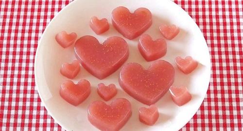 Cách làm kẹo dẻo trái tim hồng trong vòng 3 nốt nhạc