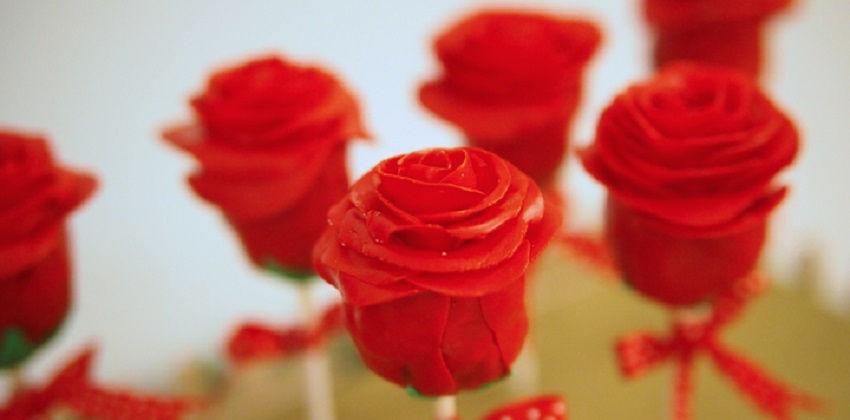 cách làm cakepop hoa hồng 5 cách làm cakepop hoa hồng Mê mẩn với cách làm cakepop hoa hồng tặng mẹ ngày 8/3 me man voi cach lam cakepop hoa hong tang me ngay 83 5