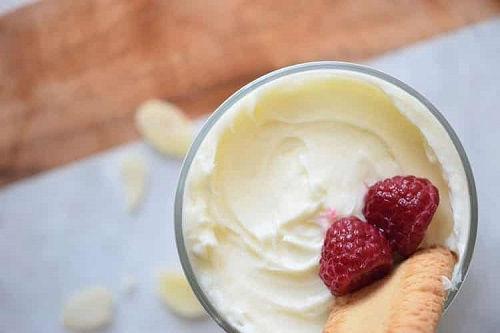cách làm pudding phô mai 4 cách làm pudding phô mai Béo ngậy với cách làm pudding phô mai mê mẩn từ miếng đầu tiên beo ngay voi cach lam pudding pho mai me man tu mieng dau tien 4