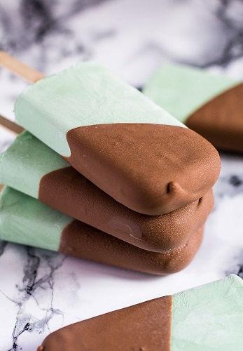 cách làm kem bạc hà socola 1 cách làm kem bạc hà socola Mát lạnh sảng khoái với cách làm kem bạc hà socola siêu dễ mat lanh sang khoai voi cach lam kem bac ha socola sieu de 1