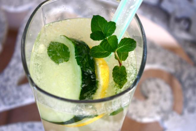 11 loại đồ uống giải nhiệt mùa hè đồ uống giải nhiệt mùa hè 11 loại đồ uống giải nhiệt mùa hè cực ngon cho bạn đã khát 11 loai do uong giai nhiet mua he