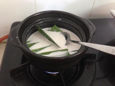 Cách làm bánh phục linh cà phê thơm ngon tan ngay trong miệng-2 cách làm bánh phục linh cà phê Biến tấu với bánh phục linh cà phê thơm nồng tan ngay trong miệng Cach lam banh phuc linh ca phe thom ngon tan ngay trong mieng 3