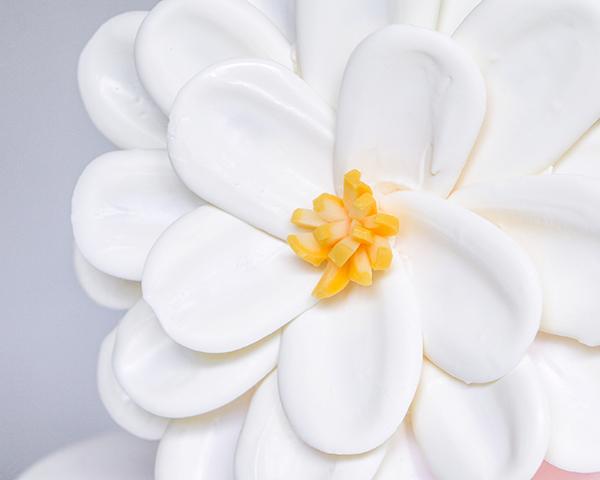Cách làm hoa chocolate vô cùng đơn giản trang trí bánh kem-2