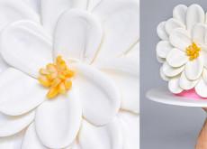 Cách làm hoa chocolate vô cùng đơn giản trang trí bánh kem-54